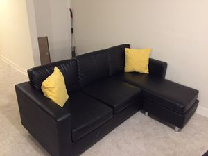 Sectional couch for Sale in Gaithersburg, MD