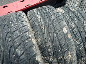 Photo 265/60r18 nitto tires