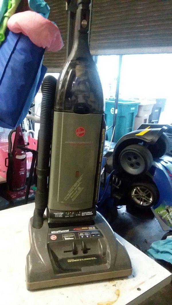 Hoover WindTunnel Supreme Vacuum Cleaner Self-propelled For Sale