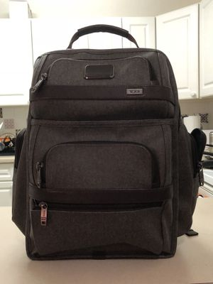 Tumi Alpha 2 backpack for Sale in Chicago, IL