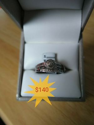 Wedding ring set sz 7 pickup from 5515 118th street for Sale in Jacksonville, FL