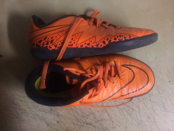 a73b9bcc0 Nike indoor soccer shoes vipervenom size 4.5y for Sale in Los ...