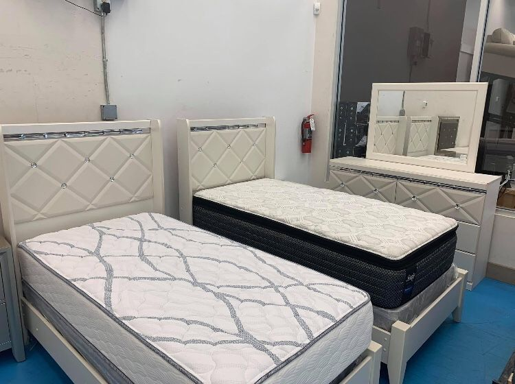 Dreamur Champagne Panel Youth Bedroom Set.. Dresser Mirror Nightstand Bed Frame Full Size (( Twin, Queen, King Size Available))