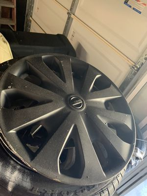 "15"" wheel covers/HUB CAPS- Set of 4 - NISSAN VERSA. Painted black for Sale in Roseville, CA"