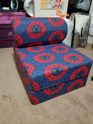 Juvenile Studio Chair bed Sleeper - Spider Web for Sale in Greenbelt, MD