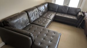 Oversized leather sectional for Sale in Pembroke Pines, FL
