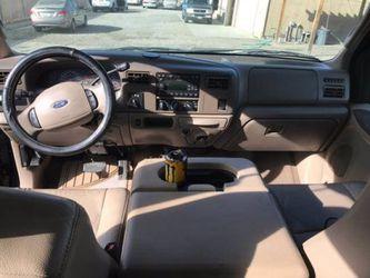 2004 Ford Super Duty F-350 SRW Thumbnail
