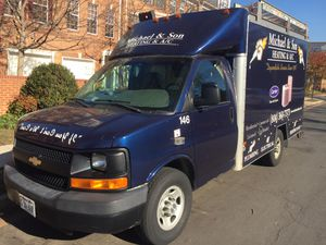 Chevy Express 2500 for Sale in Arlington, VA