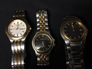 Men's classy Citizen and Geneva Quartz watch Collectible lot of 3 for Sale in Houston, TX