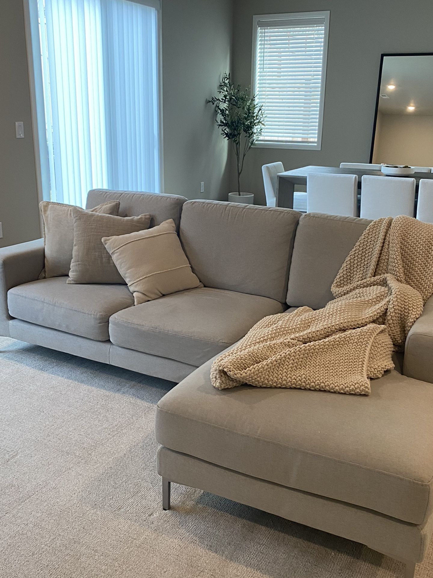 Dania Couch With Loveseat