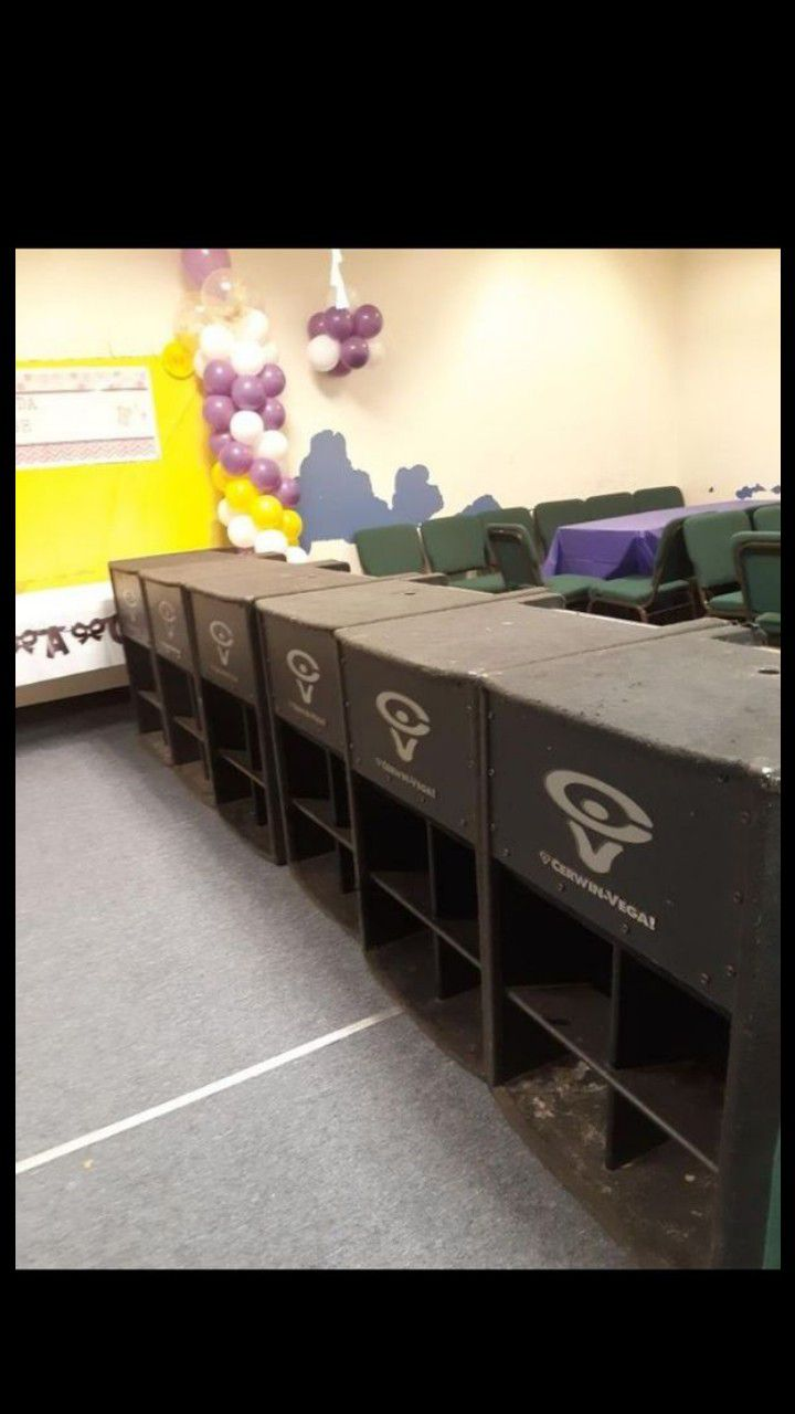"""6 bass subwooffer: speakers cerwin vega 18"""" LR 36 peak power: 1500 watts all passive great conditons .with break swich $530 each or price for all!!"""