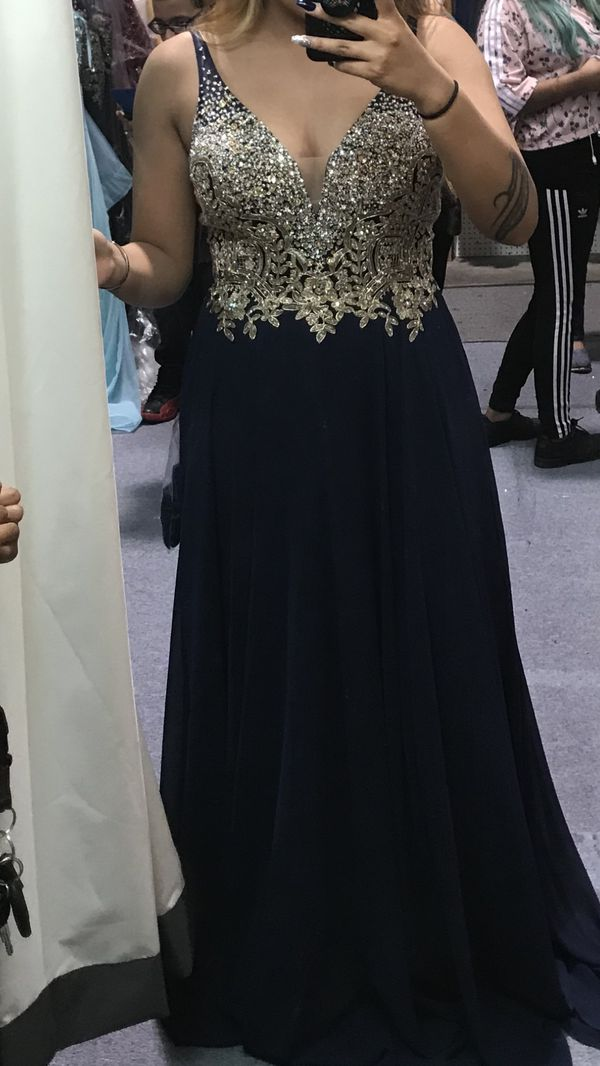 PROM DRESSES for Sale in Tacoma, WA - OfferUp