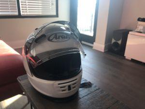 NEW - never worn - white Arai Defiant Helmet for Sale in Tampa, FL
