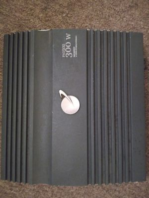 Photo 300×2 Planet Audio amp