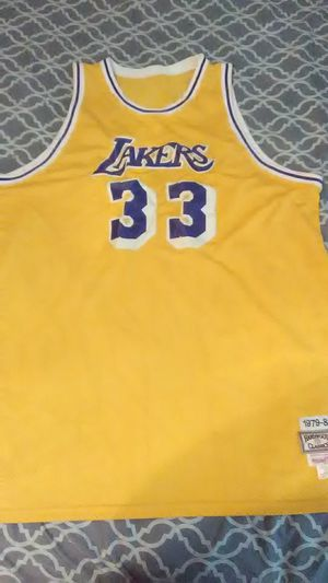 39c369cf008 Kareem Abdul-Jabbar LosAngles Lakers Mitchell &Ness Authentic Stitching  Jersey for Sale in Houston,