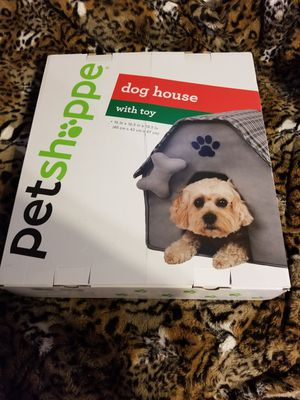 New Cute Pet Shoppe Grey ( Dog House with toy ) for Sale in Torrance, CA