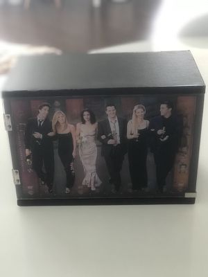 Friends 10 seasons dvd pack - collector for Sale in Miami, FL