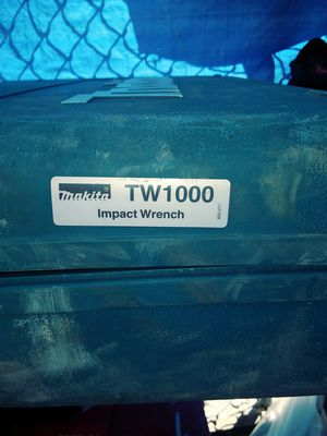 makita tw 1000 impact wrench for Sale in Kissimmee, FL