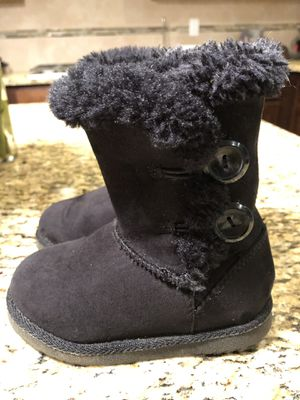 a83ce0a4e0b New and Used Toddler ugg boots for Sale in Olympia, WA - OfferUp