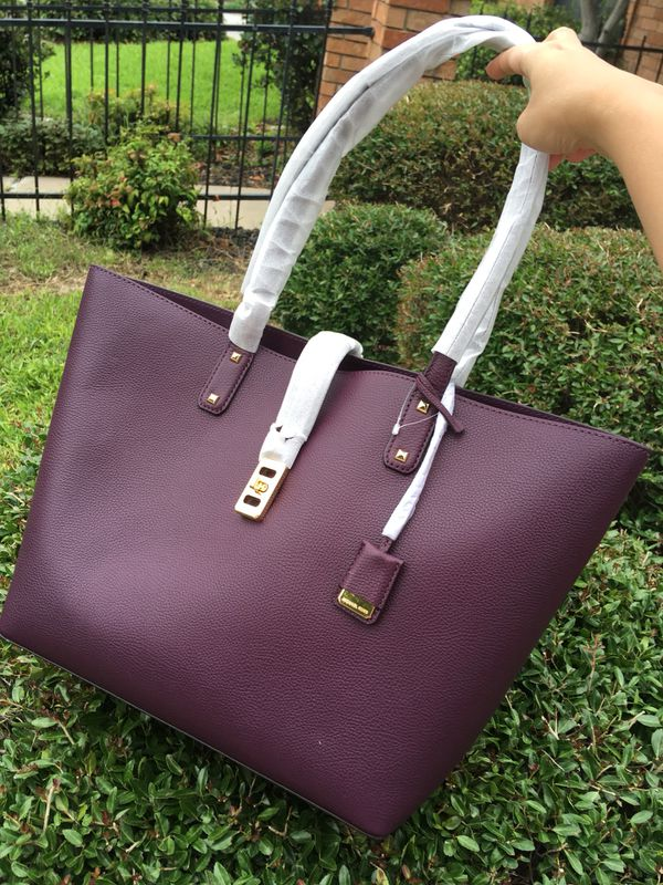 0fecd18730bb48 Michael Kors Karson Large Carryall Tote Leather for Sale in ...