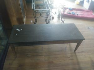 Coffee table needs good cleaning $20.00 for Sale in Fairfax, VA