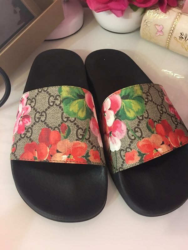 a9a7296c6889 Authentic Gucci bloom slides for Sale in San Antonio