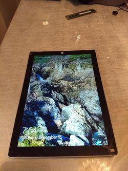 Windows surface pro 4 Thumbnail
