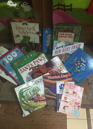 KIDS BOOK BUNDLE for Sale in Houston, TX