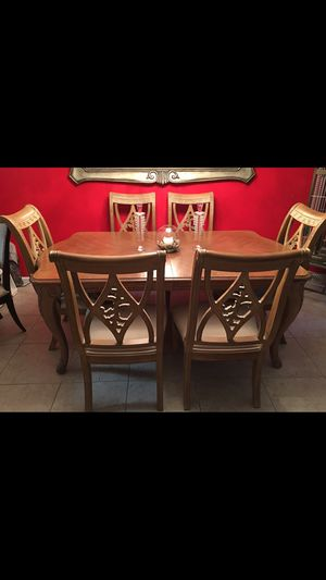 Dining Room Set by Bernhardt Furniture with 6 Chairs for Sale in Boca Raton, FL