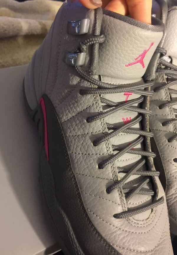 newest 9ea61 c6b22 Air Jordan 12 GS Wolf Grey Vivid Pink-Cool Grey size 6.5