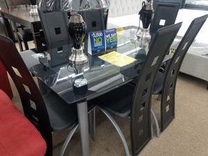 7 piece glass top dining table set with 6 chairs for Sale in Takoma Park, MD