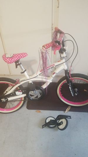 Photo Hello Kitty 16 inch Girls bike for ages 6-10