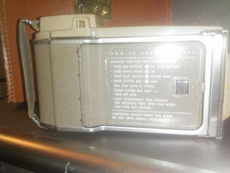 POLAROID J33 LAND CAMERA W/CASE Thumbnail