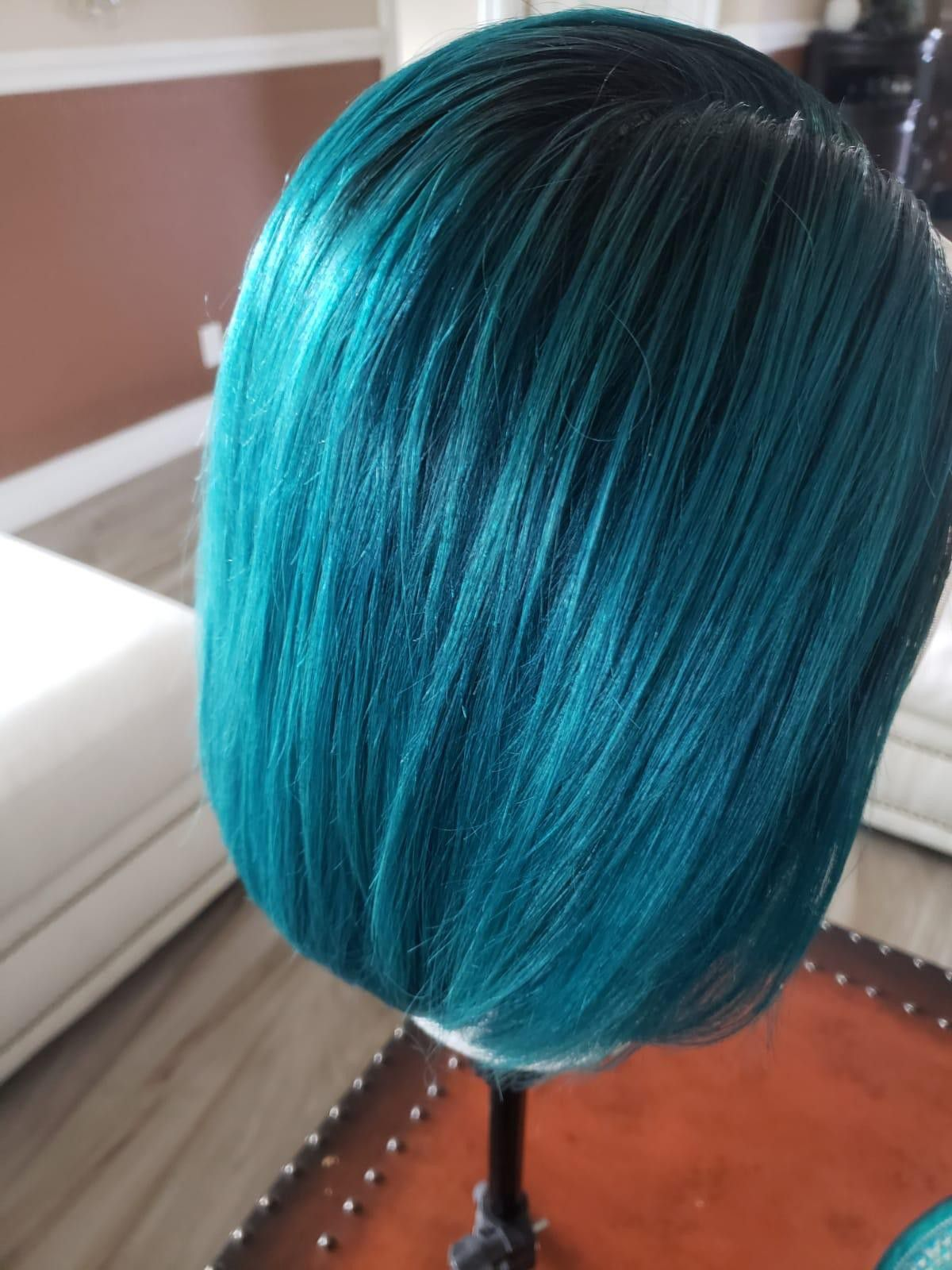 Emerald green lace wig 10 inch