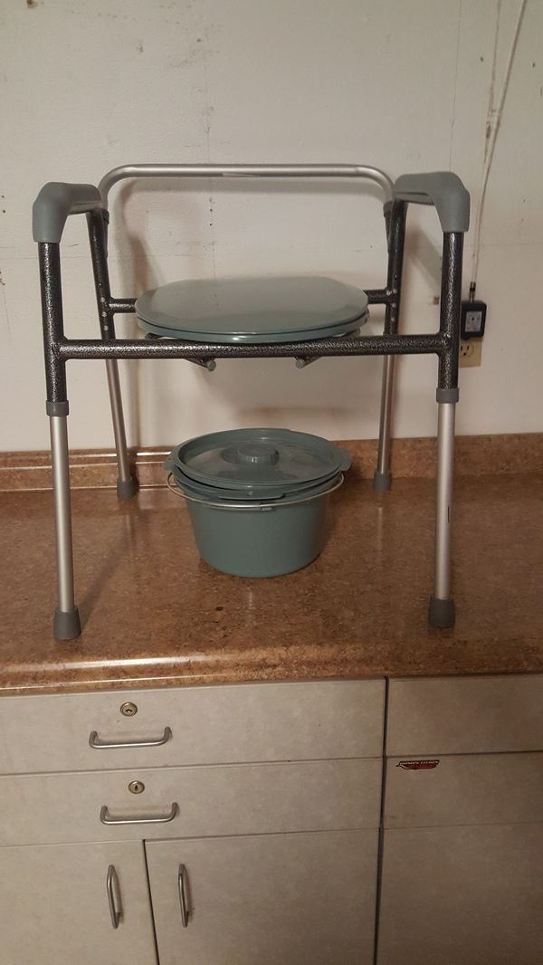 New 3 in 1 commode. for Sale in Lakeland, FL - OfferUp