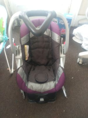 Car Seat For Sale In Memphis TN