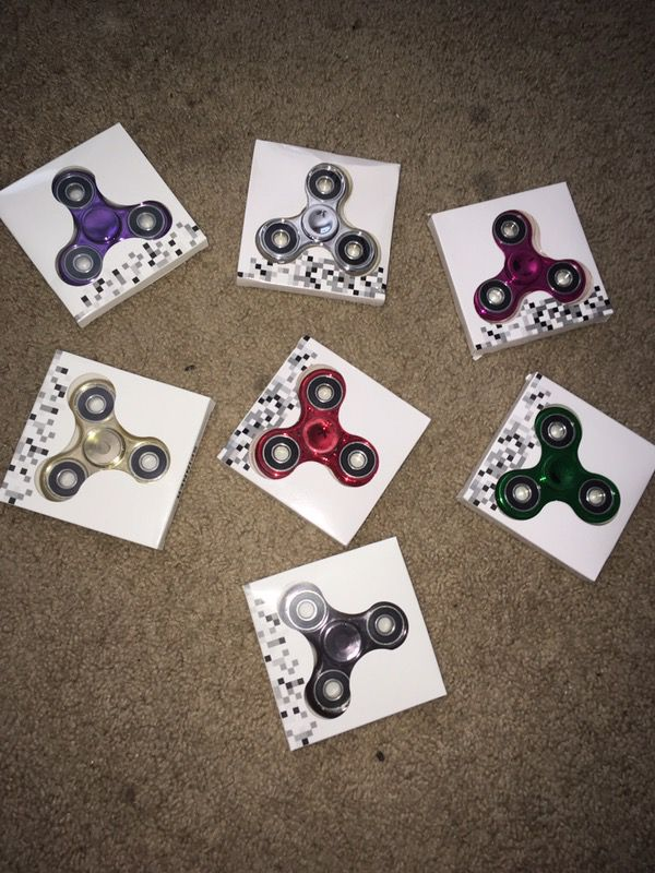 FIDGET SPINNERS!!! VARIETY OF COLORS!!!