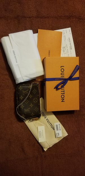 Sold Out Louis Vuitton Mini Pochette Accessoires Monogram for Sale in Fairfax, VA