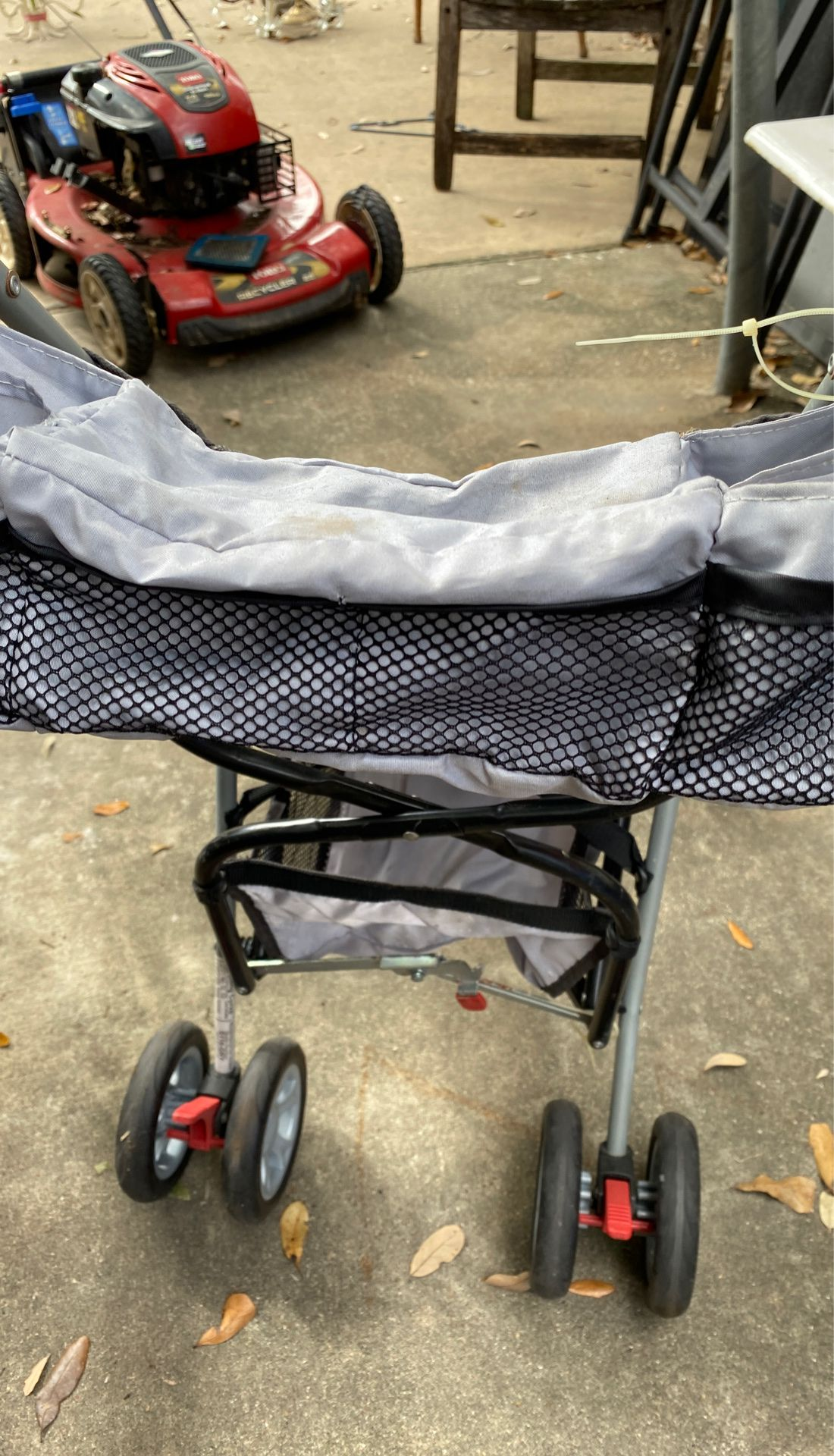 First Years Umbrella Stroller rated #50 lbs