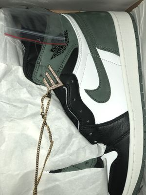 Jordan 1 green clay size 8.5 9 11.5 12 for Sale in Miami, FL