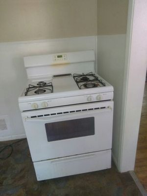Gas stove and refrigerator for Sale in Detroit, MI