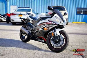 2012 Yamaha YZF-R6. I WILL FINANCE GOOD, BAD OR NO CREDIT! GURANTEED for Sale in Dallas, TX