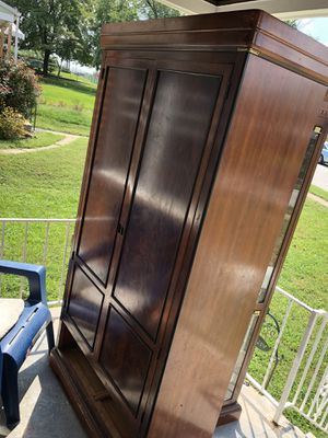 Wood armoire/ cabinet !!!FREE!!! for Sale in Baltimore, MD