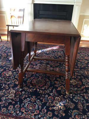 Vintage Drop Leaf Table and Chairs for Sale in Great Falls, VA
