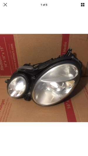 05 HID Xenon Headlight Headlamp Driver Side Left LH for 05 Mercedes Benz E300 for Sale in Gaithersburg, MD