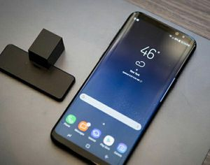 Samsung Galaxy S8   Factory Unlocked + box and accessories + 30 day warranty for Sale in Fairfax, VA