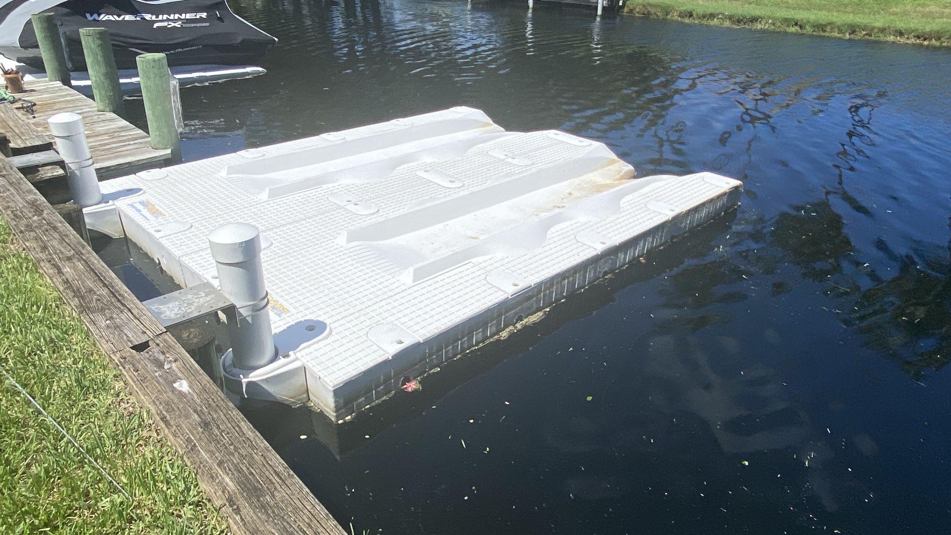 Port Sport floating docks (2) 1500.00 each