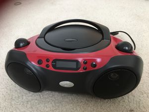 Cd player & radio for Sale in Chantilly, VA