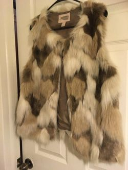 Women's fur sweater vest Thumbnail