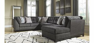 Photo Ashley's furniture three piece sectional sofa